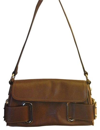 Preload https://item4.tradesy.com/images/wilsons-leather-brown-shoulder-bag-203163-0-0.jpg?width=440&height=440