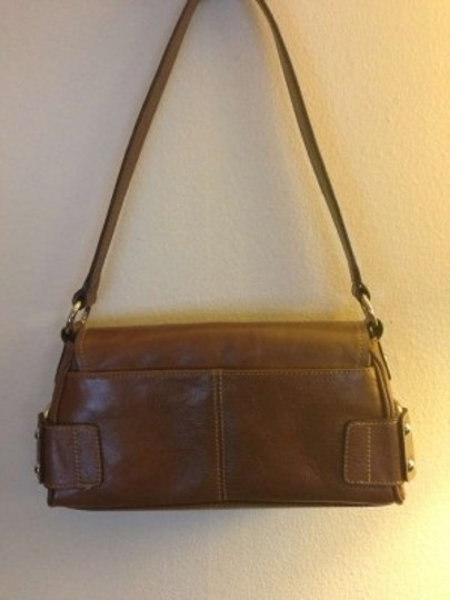 Wilsons Leather Shoulder Bag