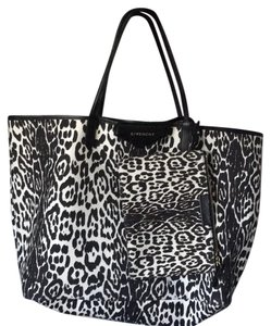 Givenchy Luxury Large Tote in leopard