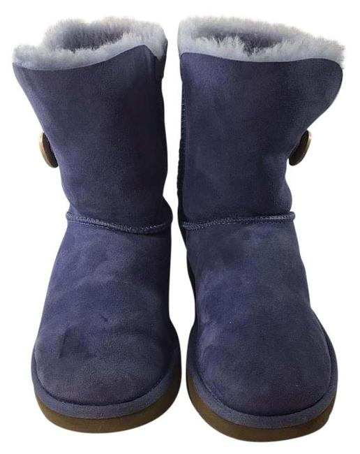Item - Periwinkle One Button Sheepskin Boots/Booties Size US 7 Regular (M, B)