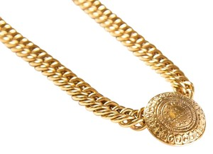 Chanel Curbed Chain 'Rue Cambon' Medallion