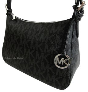 Michael Kors Jet Set Mk Zip Top Logo Charm Shoulder Bag