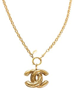 Chanel Chanel Gold-Tone Quilted CC Pendant Necklace