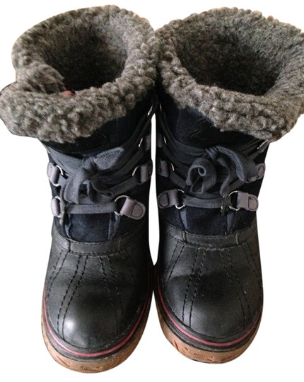 Preload https://item2.tradesy.com/images/pajar-black-and-navy-boots-2031896-0-0.jpg?width=440&height=440
