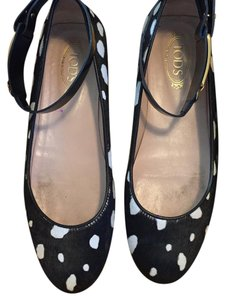 Tod's black, white, gold hardware Flats