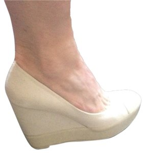 Nine West Cream Wedges