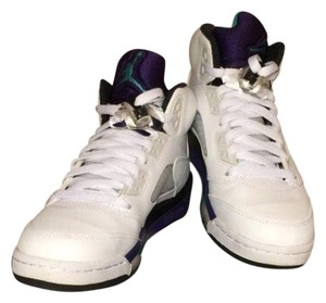 Nike White Grapes Athletic
