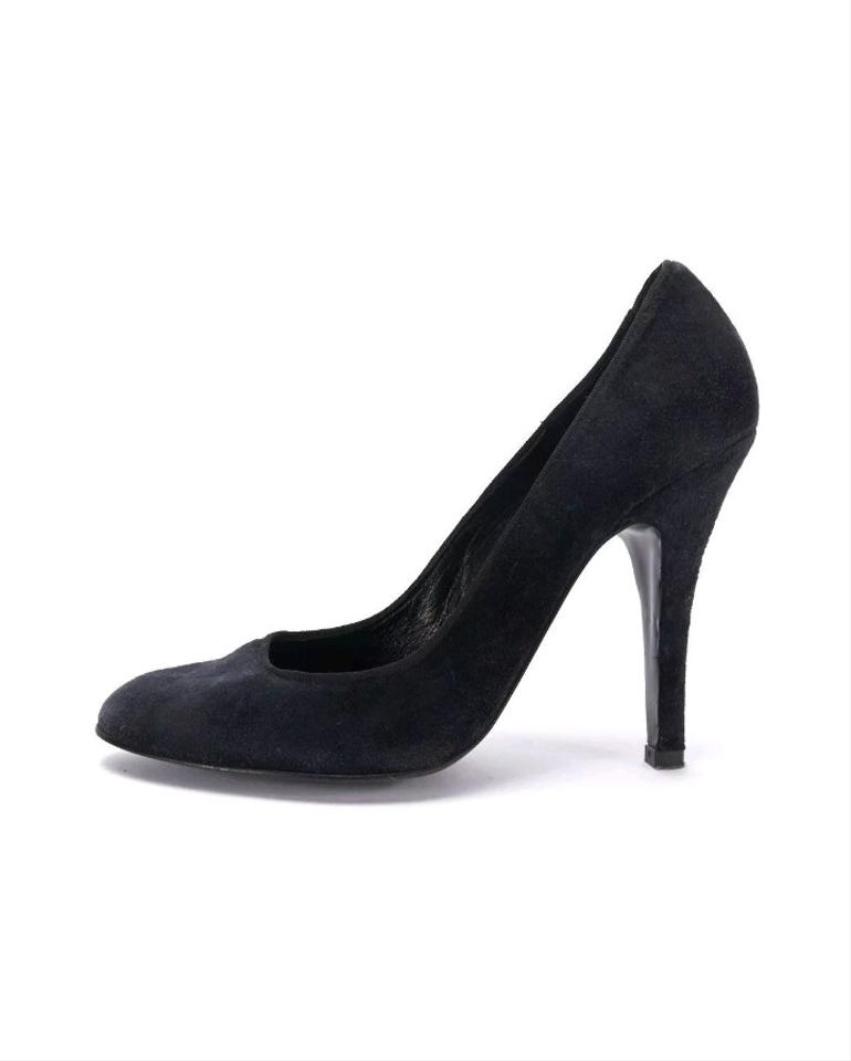6e015fd4e29 Lanvin Black Classic Almond Toe Velvet Pumps Size US 8.5 Regular (M, B)