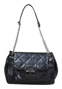 Chanel Caviar Leather Quilted Shw Front Flap Shoulder Bag