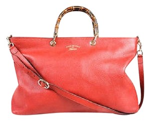 Gucci Shoppers Tote in Red