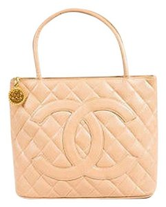 Chanel Quilted Caviar Leather Embossed Cc Logo Medallion Tote in Beige