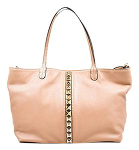 Valentino Rockstud Tan Ghw Leather Studded Two Way Handbag Tote in Beige