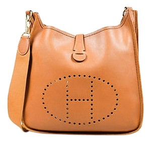 Hermès Gold Courchevel Leather Evelyne I Gm Shoulder Bag