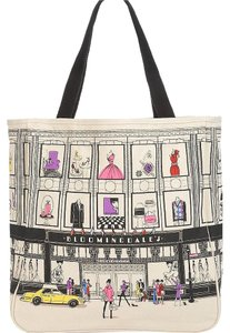 Bloomingdale's Tote in beige