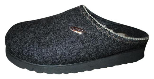 Giesswein Grey Wool Slippers Mules/Slides Size US 6 Regular (M, B) Giesswein Grey Wool Slippers Mules/Slides Size US 6 Regular (M, B) Image 1
