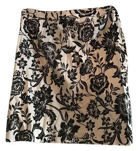Valerie Stevens Floral And Office Skirt Black & White