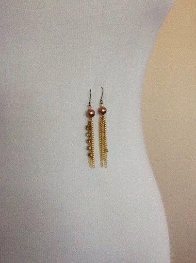 Other NWOT Gold tone dangling earrings