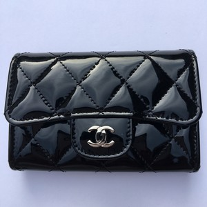 Chanel Chanel Black Patent Leather card holder