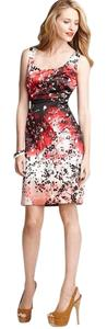 Tahari Sleeveless Ombre Floral Scooped Neck Pleated Waist Dress