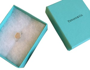 Tiffany & Co. RETURN TO TIFFANY HEART SIGNET RING