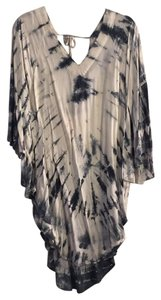Gypsy05 Deep V Back Neck Tie Poncho