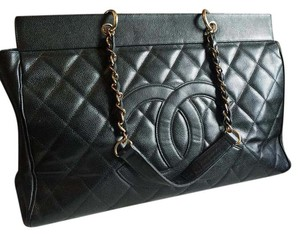 Chanel Vintage Luggage Xxl Tote in Black