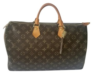 Louis Vuitton Speedy 40 Speedy Monogram Satchel in Brown