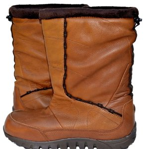Mountrek Tan Boots