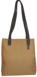 Coach Refurbished Multi-pocket Canvas Lined Shoulder Bag