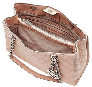 MICHAEL Michael Kors Satchel in Blush Pink