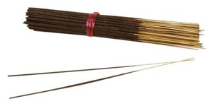 Hive & Honey Honey Vanilla Exotic Incense Bu comes with 85-100 hand-rolled incense