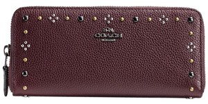 Coach BOXED DAISY RIVETS 57298 WALLET