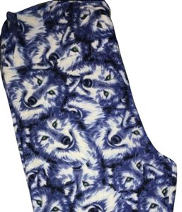 LuLaRoe Wolf Wolves Nwt blue white and green Leggings