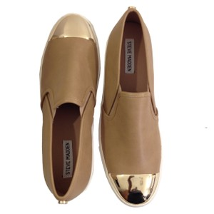 Steve Madden Gold Gold Toe Slip On Chic Camel Flats
