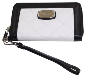 Michael Kors Wristlet in Black And White