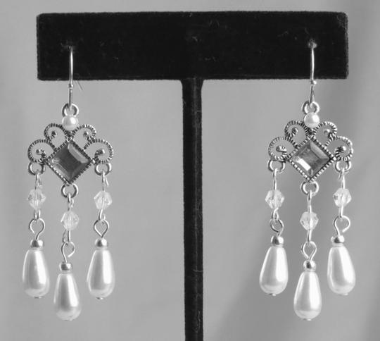 "Independent Clothing Co. NEW * 2"" SILVER, DIAMOND RHINESTONE AND PEARL TEARDROP CHANDELIERS"