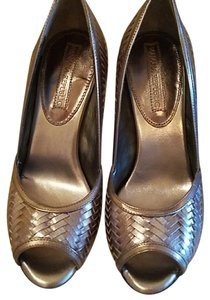 Banana Republic Leather Silver Pumps