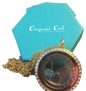 Origami Owl Necklace Origami Owl Locket & Chain