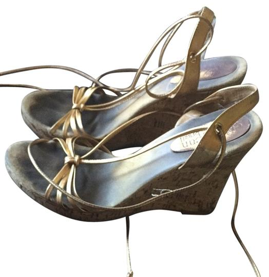Preload https://item1.tradesy.com/images/cathy-jean-sandals-2032995-0-0.jpg?width=440&height=440