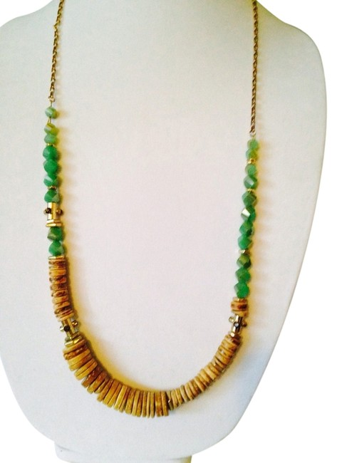 Item - Light Wood & Lime Green Disc Faceted Necklace