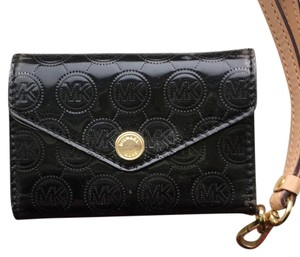 MICHAEL Michael Kors Wristlet in Black and Gold