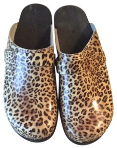 Cape Clogs Leopard Mules