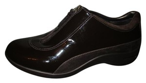 Cole Haan Waterproof Patent Leather brown Athletic