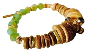 Kenneth Cole Kenneth Cole Wooden Disc & Faceted Lime Green Stretch Bracelet