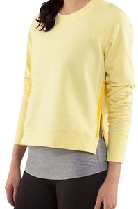 Lululemon Voyager Pullover in Mellow Yellow - Rejuvenate Pullover Sweatshirt