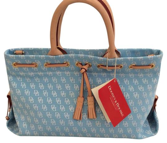 Preload https://img-static.tradesy.com/item/20331025/dooney-and-bourke-dusty-blue-none-cosmetic-bag-0-1-540-540.jpg