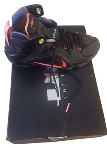 Nike Black and multi colored Athletic