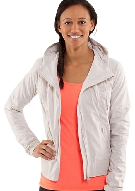 Preload https://img-static.tradesy.com/item/20331309/lululemon-dune-beige-street-to-studio-activewear-outerwear-size-8-m-29-30-0-1-650-650.jpg