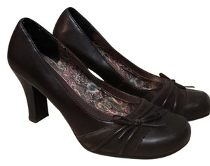 Mudd brown Pumps