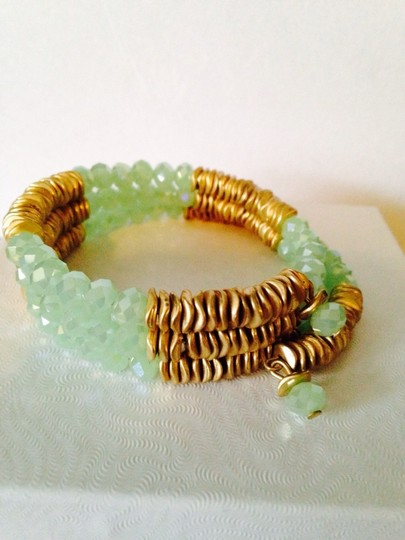 Kenneth Cole Wood & Gold Wave Disc & Faceted Lime Green Bead Wrap Bracelet